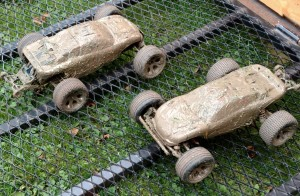 Traxxas Rustler covered in mud